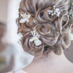 Bloemenkrans_kapsel_bruiloft